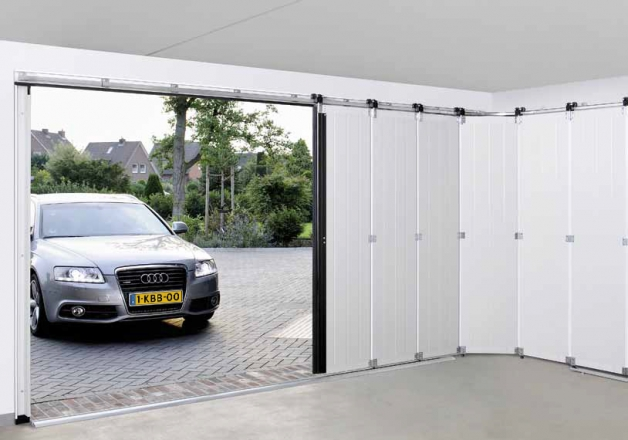 Zijdelingse garagedeur